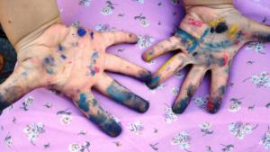 Férias Escolares – como fazer seus filhos ajudarem nas tarefas de Limpeza de forma Divertida